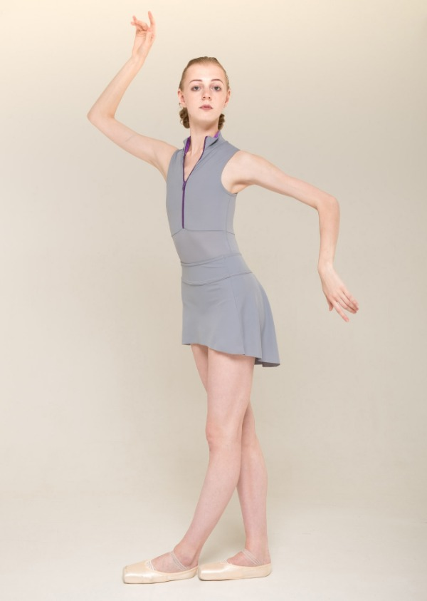 The Skirt Stretches basic - grey - NISARAT